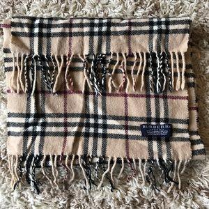 Burberry MENS lambs wool scarf